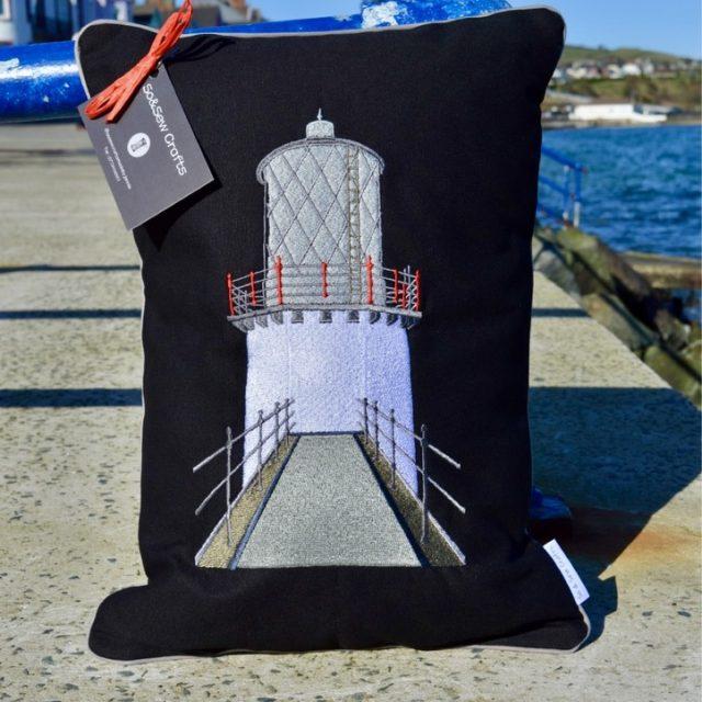 blackhead lighthouse cushion